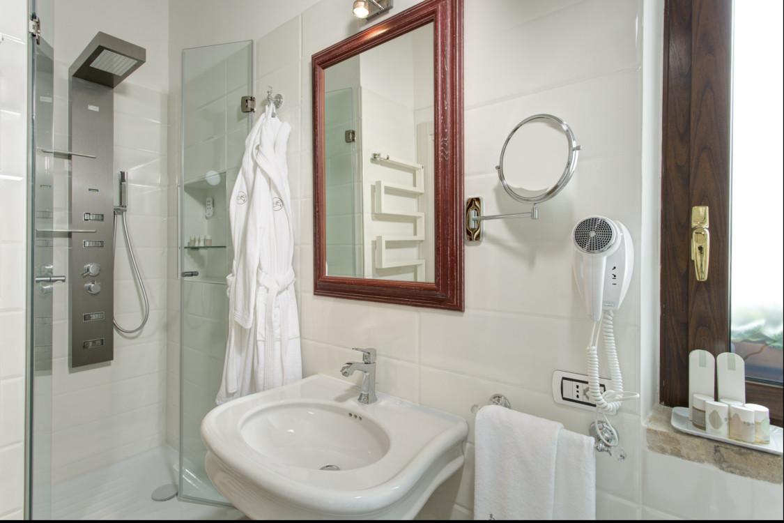 Suites borgo gentile - Specchio make up professionale ...